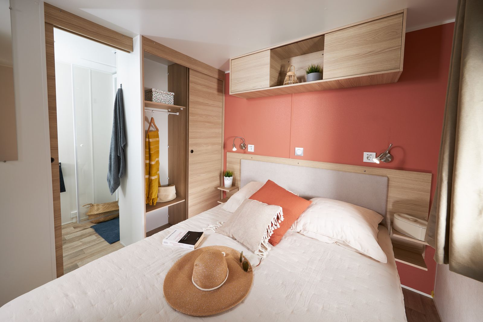 residence trigano-passion-3chambres-2sdb-chambre-parents-sdb